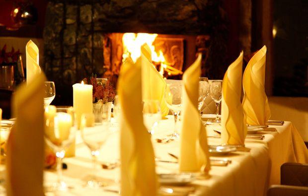 candle-light-dinner-fuer-zwei-bestwig-dinner