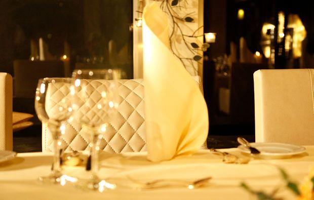 candle-light-dinner-fuer-zwei-bestwig-romantik