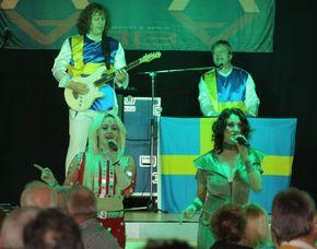 ABBA–Dinnershow - 3-Gänge-Menüffet - GASTRONOMIE CLOEF ATRIUM - Bistro Mirabell - Mettlach Bistro Mirabell - 3-Gänge-Menüffet, inkl. Begrüßungssekt