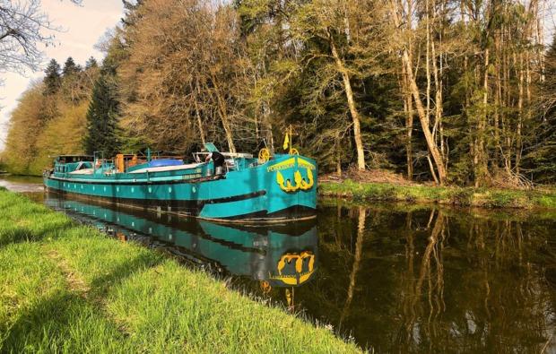 hausboot-uebernachtung-languimberg-bg1