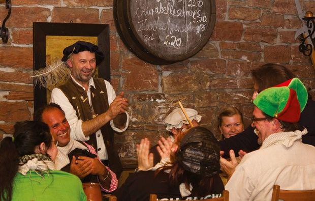 ritteressen-historisches-dinner-freudenberg-ritteressen-unterhaltung