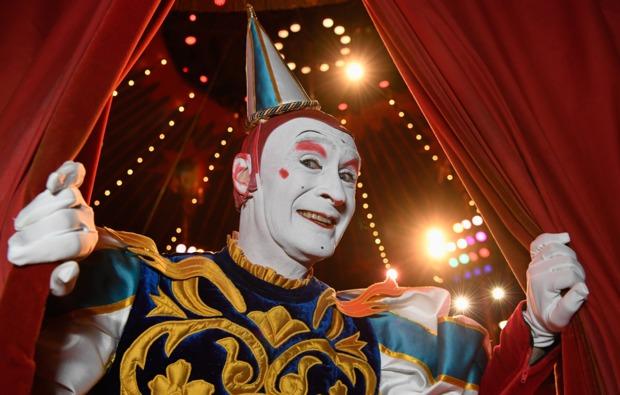 circus-roncalli-graz-auftritt-clown-darsteller