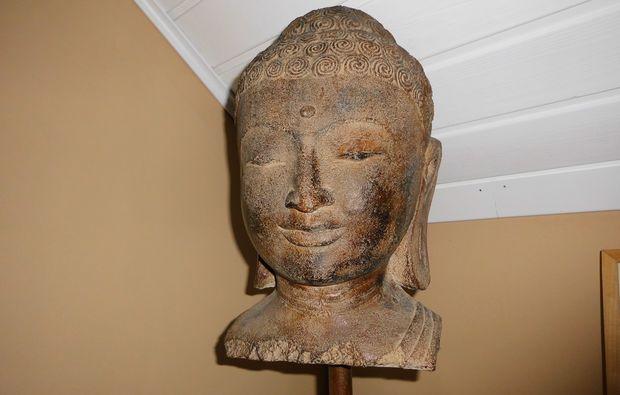ayurveda-massage-kalkar-niedermoermter-dekoration