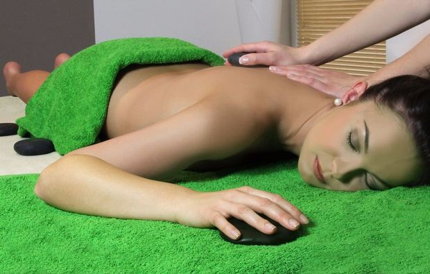 hot-stone-massage-bad-harzburg-entspannung