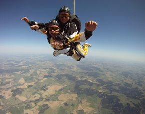 Fallschirm-Tandemsprung Klattau nahe Furth im Wald