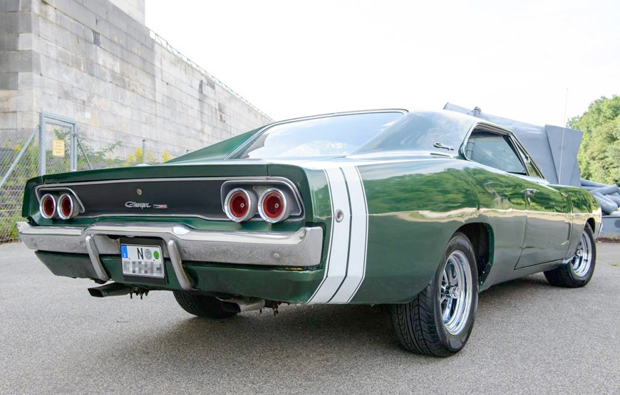 dodge-charger-fahren