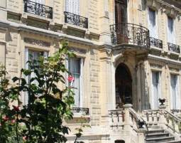 Schlosshotel in Arcis sur Aube Villa Primerose