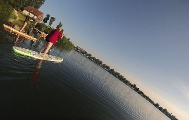 stand-up-paddling-in-duisburg-einsteigerkurs