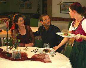 Schlemmen und Träumen für Zwei_Abtenau Hotel Gutjahr - 5-Gänge-Menü, Picknickkorb