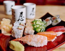 Sushi-Kochkurs   Fürth inkl. Getränke & 1 Begrüßungscocktail