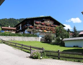 Almhütten & Berghotels (Landhotel) - 1 ÜN DEVA Hotel Sonnleiten - Reit im Winkl Inklusiv Card