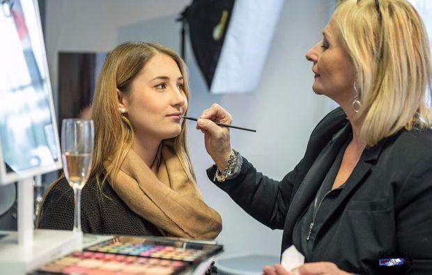 make-up-beratung-pluederhausen