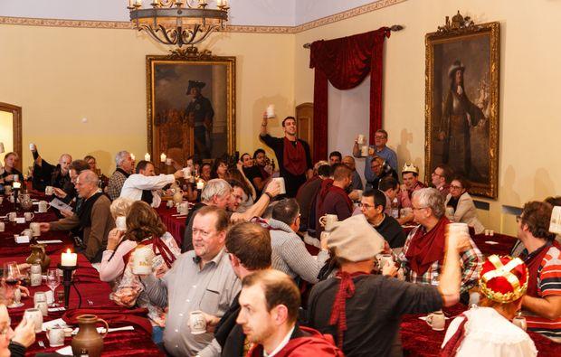 ritteressen-historisches-dinner-stolberg