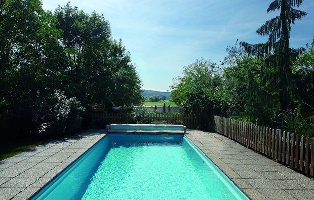 kurzurlaub-hagensdorf-pool