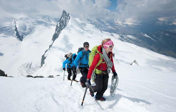 mammut-wandertouren-saas-fee-hochtour