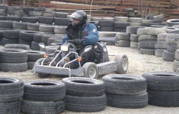 spielplatz-fuer-maenner-grossalmerode-kart-rennspass