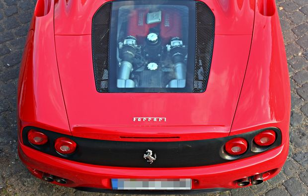 ferrari-fahren-koeln-fahrerlebnis