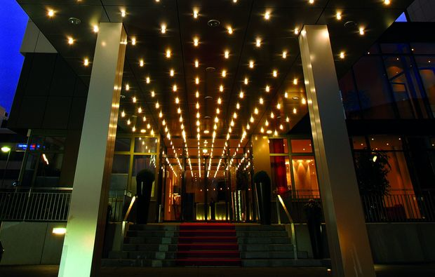 feringapark hotel in m nchen unterf hring mydays. Black Bedroom Furniture Sets. Home Design Ideas
