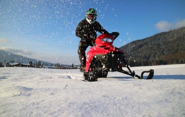 snowmobil-fahren-inzell-fahrspass