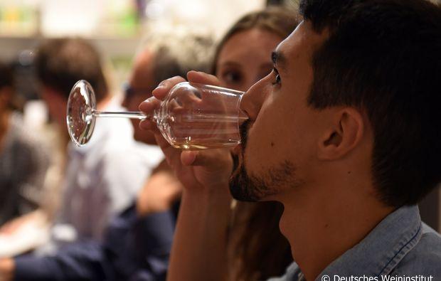 weinseminar-essen-geniessen
