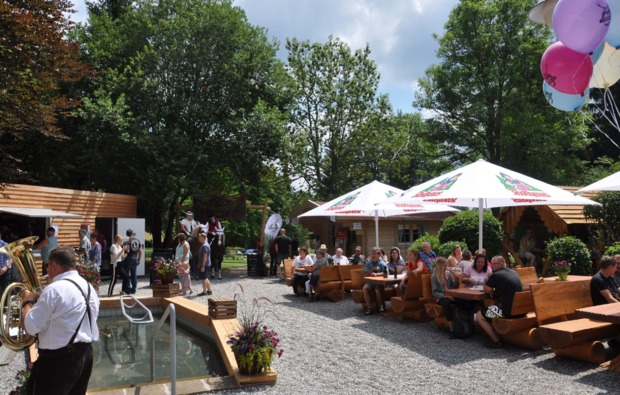 sleeperoo-cube-uebernachtung-lenzkirch-kappel-cafe