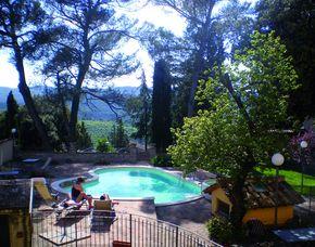2x2 Übernachtungen inkl. Erlebnis - Relais Villa Valentini - San Venanzo (TR) Relais Villa Valentini - Wein- und Spezialitätenverkostung