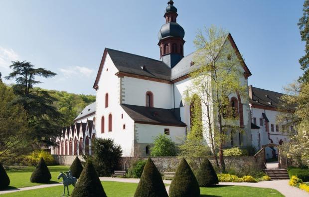 eltville-rheingau-sleeperoo-uebernachtung-klosteranlage