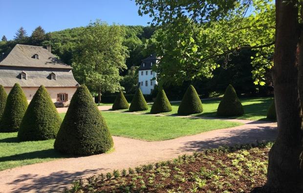 eltville-rheingau-sleeperoo-uebernachtung-klostergarten