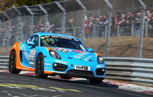 porsche-cayman-fahren-nuerburgring-rennspass