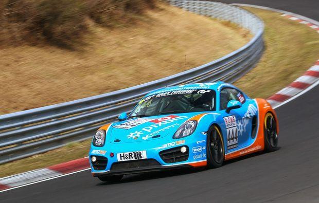 porsche-cayman-fahren-nuerburgring-rennwagen