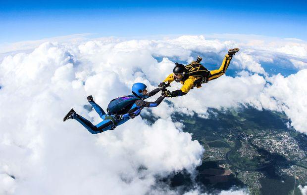 fallschirm-tandemsprung-lahrschwarzwald-extremsport