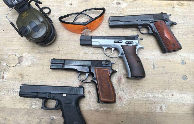 schiesstraining-pistolen-karlsruhe-pistolentisch
