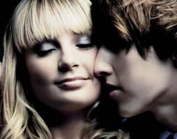 Foto-Love-Story für Zwei inkl. Make-Up & 1 Print, ca. 2,5 Stunden