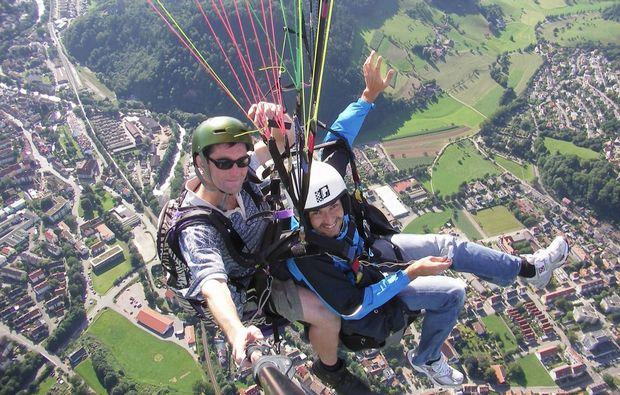 gleitschirm-tandemflug-waldkirch-aussicht-geniessen
