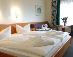 Romantikwochenende (Little Romance für Zwei)   Meerane Romantik Hotel Schwanefeld