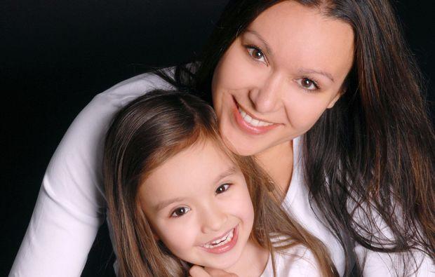 familien-fotoshooting-sindelfingen-mutter-tochter