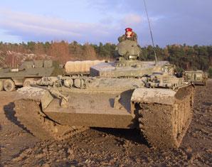 bergpanzer-fahren-erlebnis