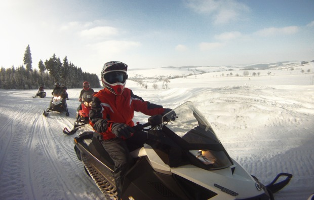 snowmobil-fahren-sayda-bg6