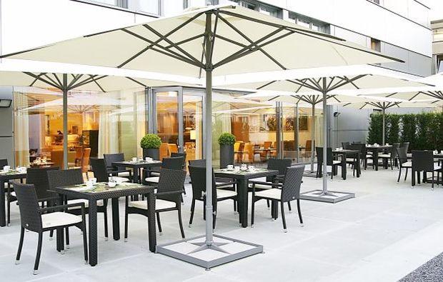 kurzurlaub-zuerich-terrasse