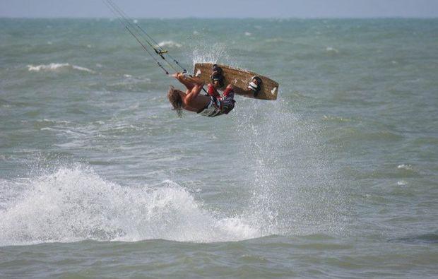 kitesurf-kurs-pruchten-aktivitaet