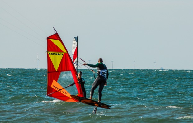 hydrofoil-kitesurfkurs-zingst-freizeitspass