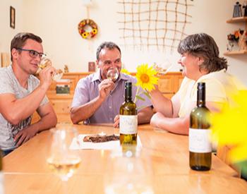 Weinverkostung Hohenruppersdorf von 6 verschiedenen Weinen
