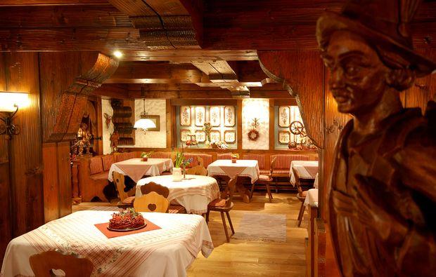 kurzurlaub-altenkunstadt-restaurant1480070446