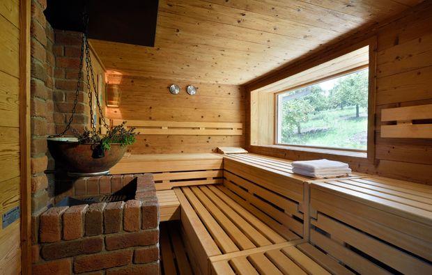 romantikwochenende-lauda-koenigshofen-sauna