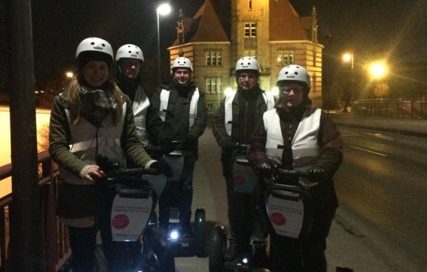 segway-city-tour-dortmund-nachttour-fahren