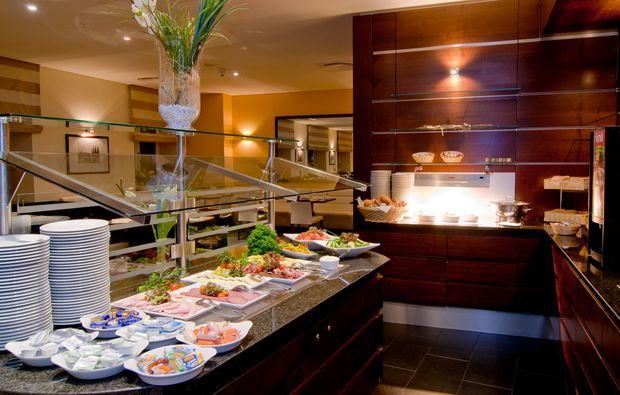romantikwochenende-wiesbaden-buffet