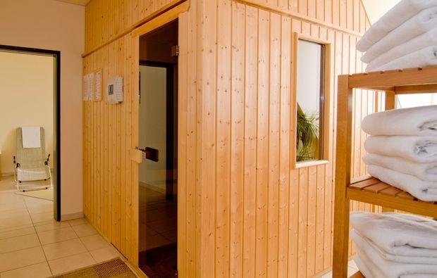 romantikwochenende-wiesbaden-sauna