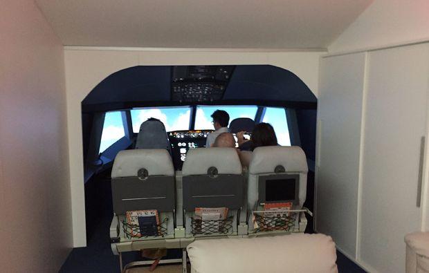 flugsimulator-freiburg-flugkabine