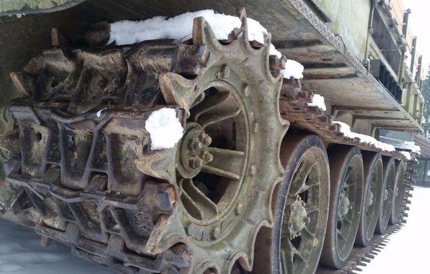 artillerieschlepper-fahren-benneckenstein