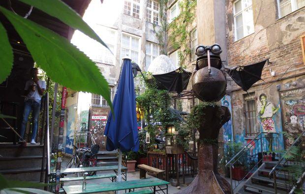 klassische-stadtfuehrung-berlin-hinterhof